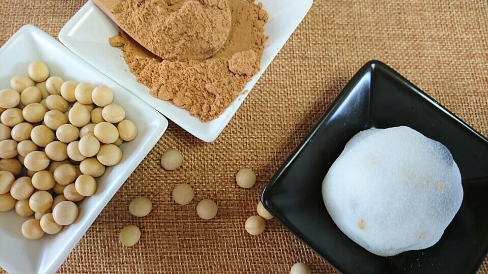 今日からの期間限定大福は香ばしいきなこ豆大福です!