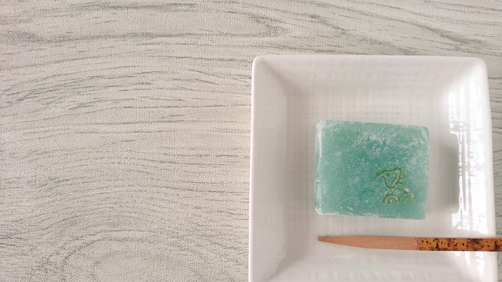 今日のお茶菓子の注文は「葛焼き」を作ってみました!