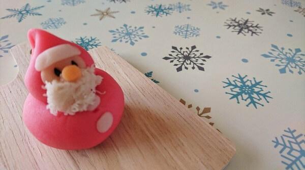 お茶菓子のご注文でサンタさんを作りました!